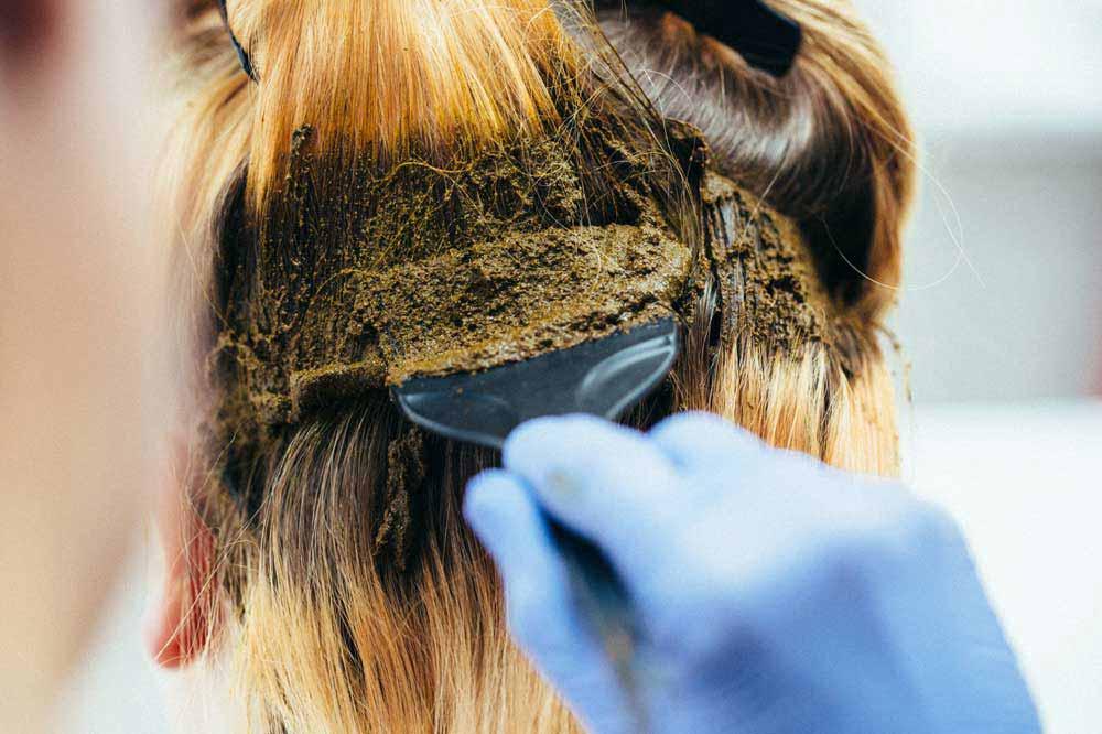 حنای سیاه برای رنگ مو